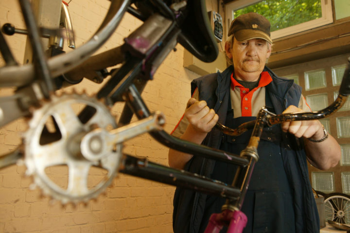 Call for proposals: Study on the Social Benefits of Social Enterprises active in re-use, repair and recycling